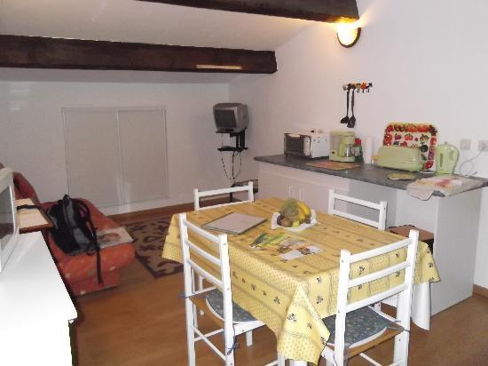 Languedoc-Roussillon, ฝรั่งเศส: Kitchen