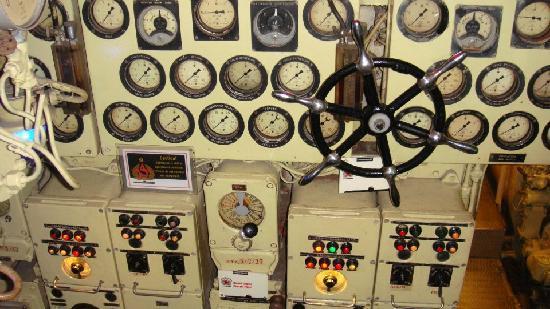 Scorpion Submarine: Control room