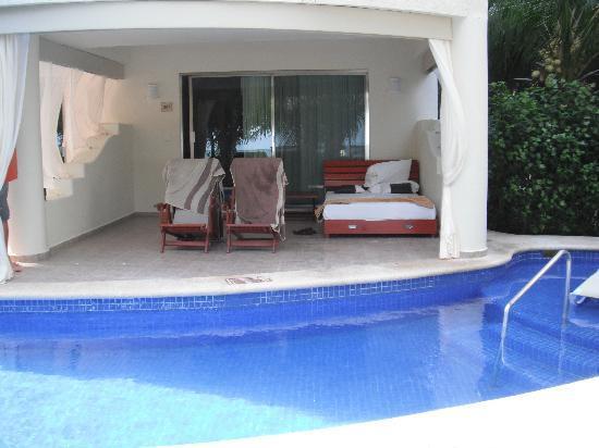 El Dorado Maroma, by Karisma: Our patio area