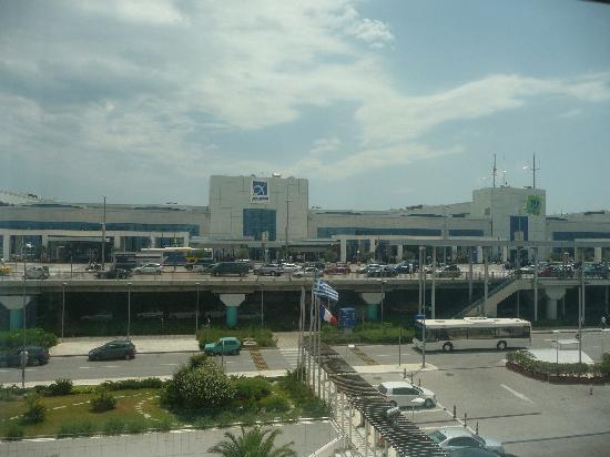 Sofitel Athens Airport: View of airport from bedroom window