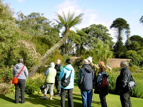 Logan Botanic Garden: Being entertained on the tour