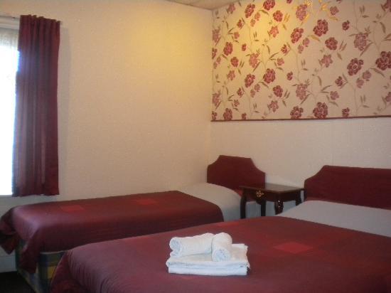 Grange House Hotel: room 9