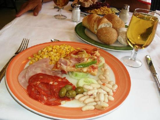 Sol Palmeras: Ultimo almuerzo en el restaurant bufette...