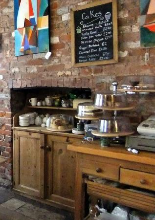 Selley's Coffee Shop & Restaurant: scrummy cakes