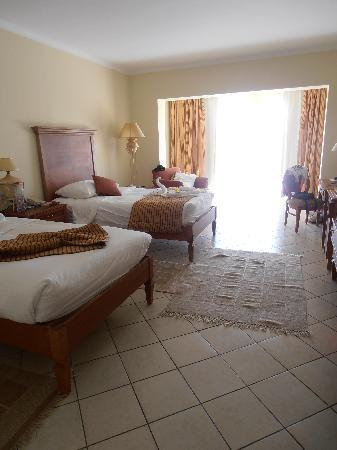 Coral Sea Waterworld Resort: The rooms on arrival