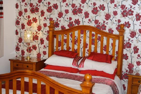 Greenbrae Farmhouse: Bedroom