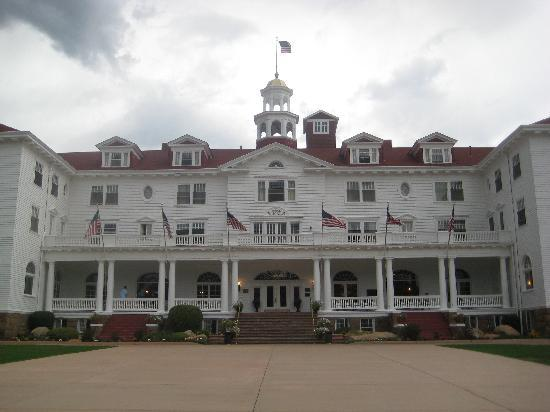 Stanley Hotel: The back of the Stanley