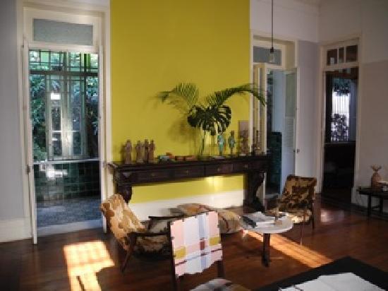Casa Amarelo Luxury Guesthouse by Robert le Héros: main room