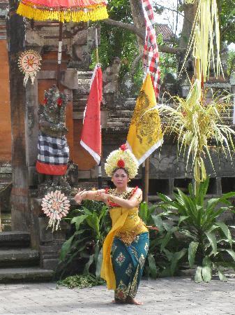 Atlantis International Bali: Danse du Barong