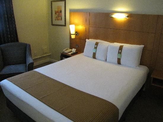 ฮอลิเดย์อินน์ลอนดอน บลูมส์เบอรี่: Hotel Room