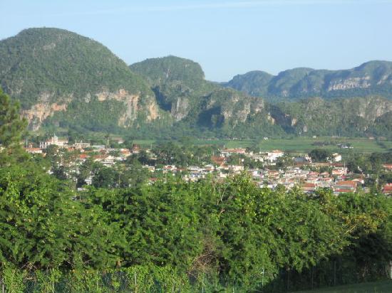 Horizontes La Ermita: vinales valley from la ermita