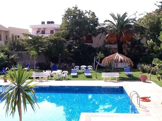 Relax Apartments & Studios: de tuin