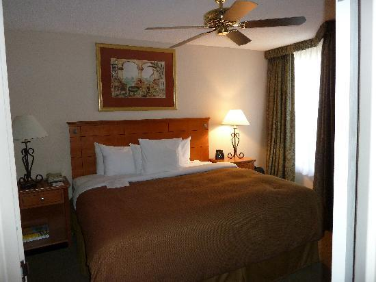 Homewood Suites Orlando-International Drive/Convention Center: Bedroom
