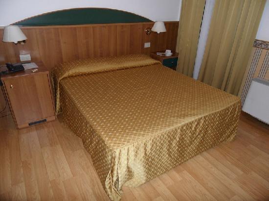 Hotel Al Vivit: Bed