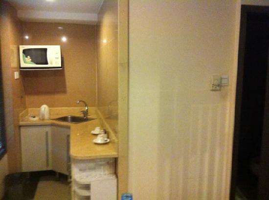 โรงแรมเทียนฟู่ ซันไชน์: Kitchenette