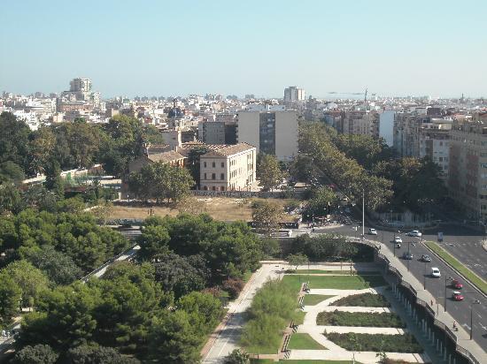 เอ็กซ์โป โฮเต็ลวาเล็นเซีย: view from hotel