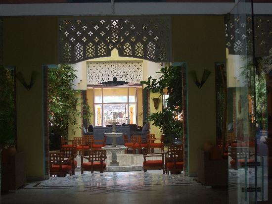 Caribbean World Mahdia : Entrance to hotel reception lobby area