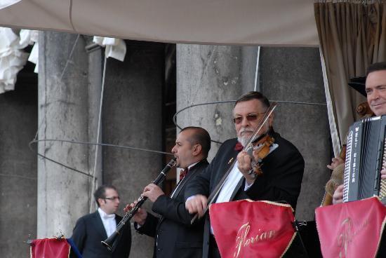 Caffe Florian Venezia: Orchestra al Caffe' Florian