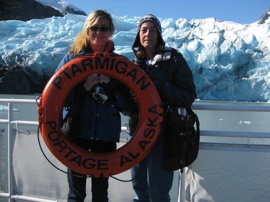 Alaska's Finest Tours & Cruises - Tours: Up cloe at Portage Glacier