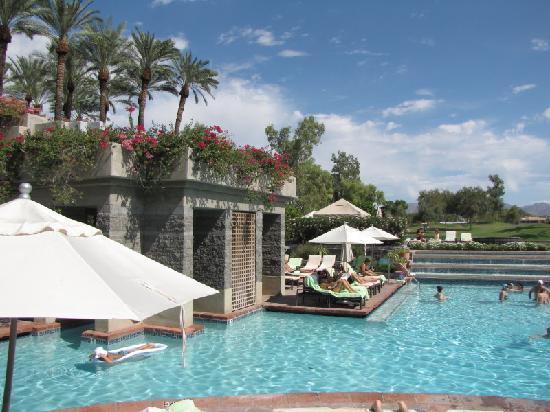 Hyatt Regency Scottsdale Resort and Spa at Gainey Ranch: one pool area