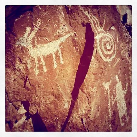 New Mexico Jeep Tours: petroglyphs.