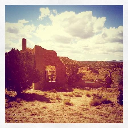 New Mexico Jeep Tours: ghost town.