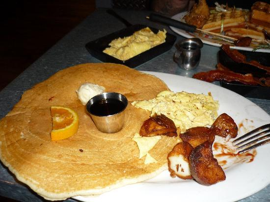 Hash House A Go Go: The Tractor Driver Combo