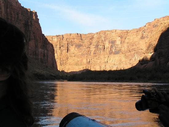 Colorado River Discovery: Floating down the river
