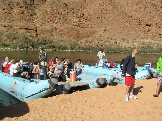 Colorado River Discovery: Pulling out for bathroom stop