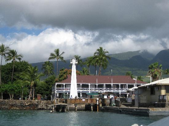 Best Western Pioneer Inn: The Pioneer Inn from the sea
