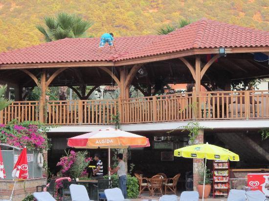 Villa Beldeniz: Snack Bar
