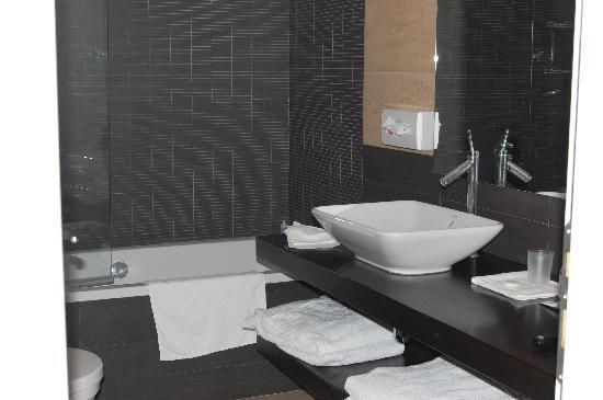 Hotel De Petris: Bathroom