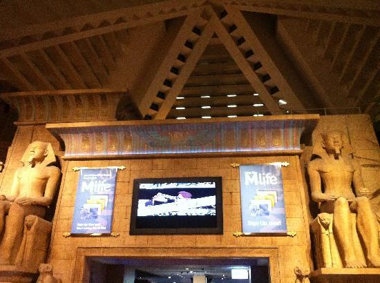 ลักซอร์: Inside the Pyramid