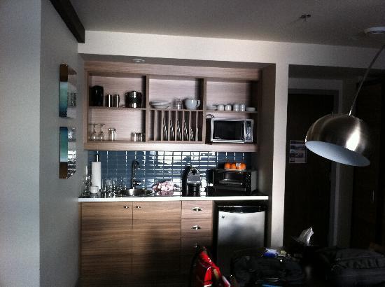 Esterel Resort: Comptoir cuisine