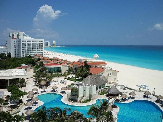 Grand Park Royal Luxury Resort Cancún: Vista desde el balcón de la habitación