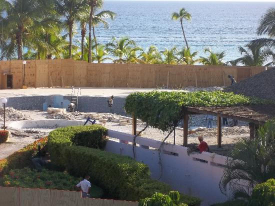 Viva Wyndham Dominicus Palace - An All-Inclusive Resort: La Piscine est démoli