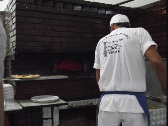 L'Antica Pizzeria da Michele: our order being placed in the brick oven
