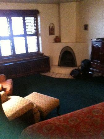 The Historic Taos Inn: Taos Inn room