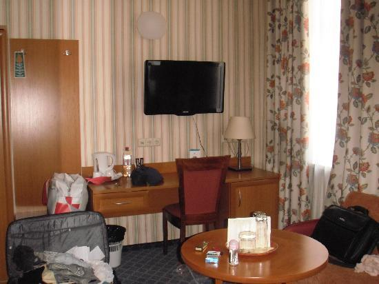 Mabre Residence Hotel: room