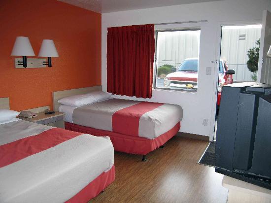 Motel 6 Denver - Airport: Room 148