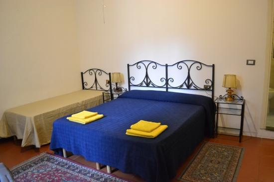 Hotel Cristina : room