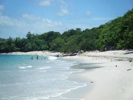 Hotel Bosque del Mar Playa Hermosa: playa conchal