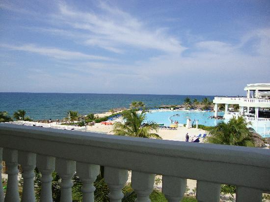 แกรนด์ปัลลาเดี่ยม รีสอร์ท&สปา: View from our room in villa 26 LH.