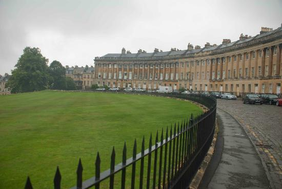 Royal Crescent: Very unusual