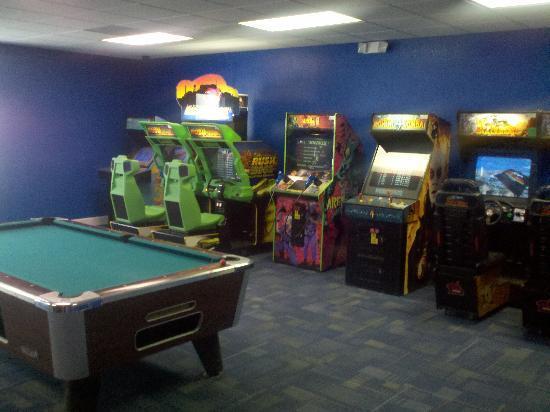เมจิคทรี รีสอร์ท: Game room