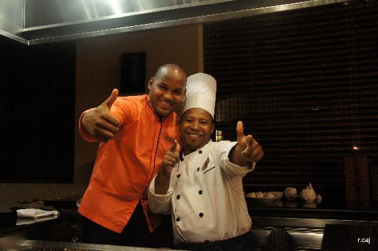 Now Larimar Punta Cana: hibachi waiter and chef!