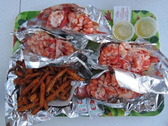 Red's Eats: 3 lobster rolls + sweet potato fries