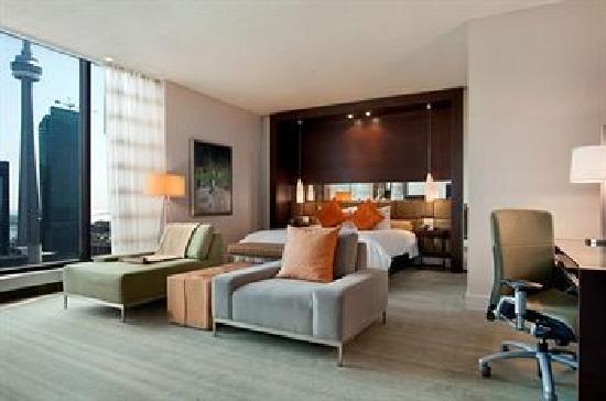 Hilton Toronto: Our amazing room!!!