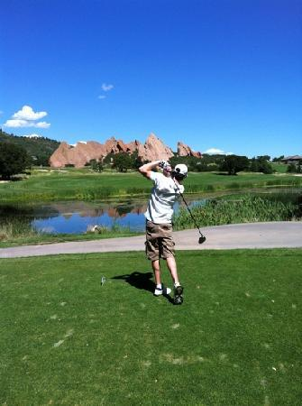Arrowhead Golf Club: fore !