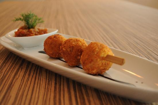PizzaZo Bistro: Deep-fried Risotto Balls